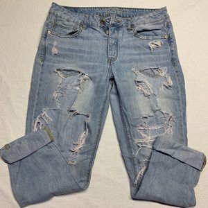 American Eagle Mom Jeans Distressed